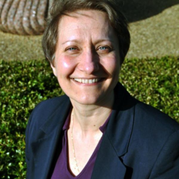 Dr. Daria Davitti