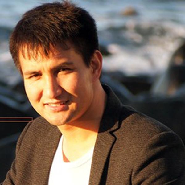 Dr. Ali Reza Yunespour